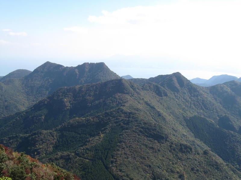 多良岳山系 (経ヶ岳より望む).JPG