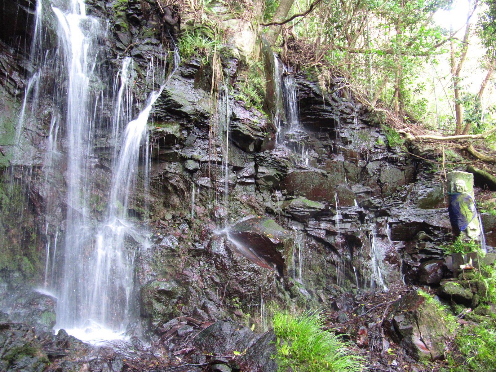 御手水の滝