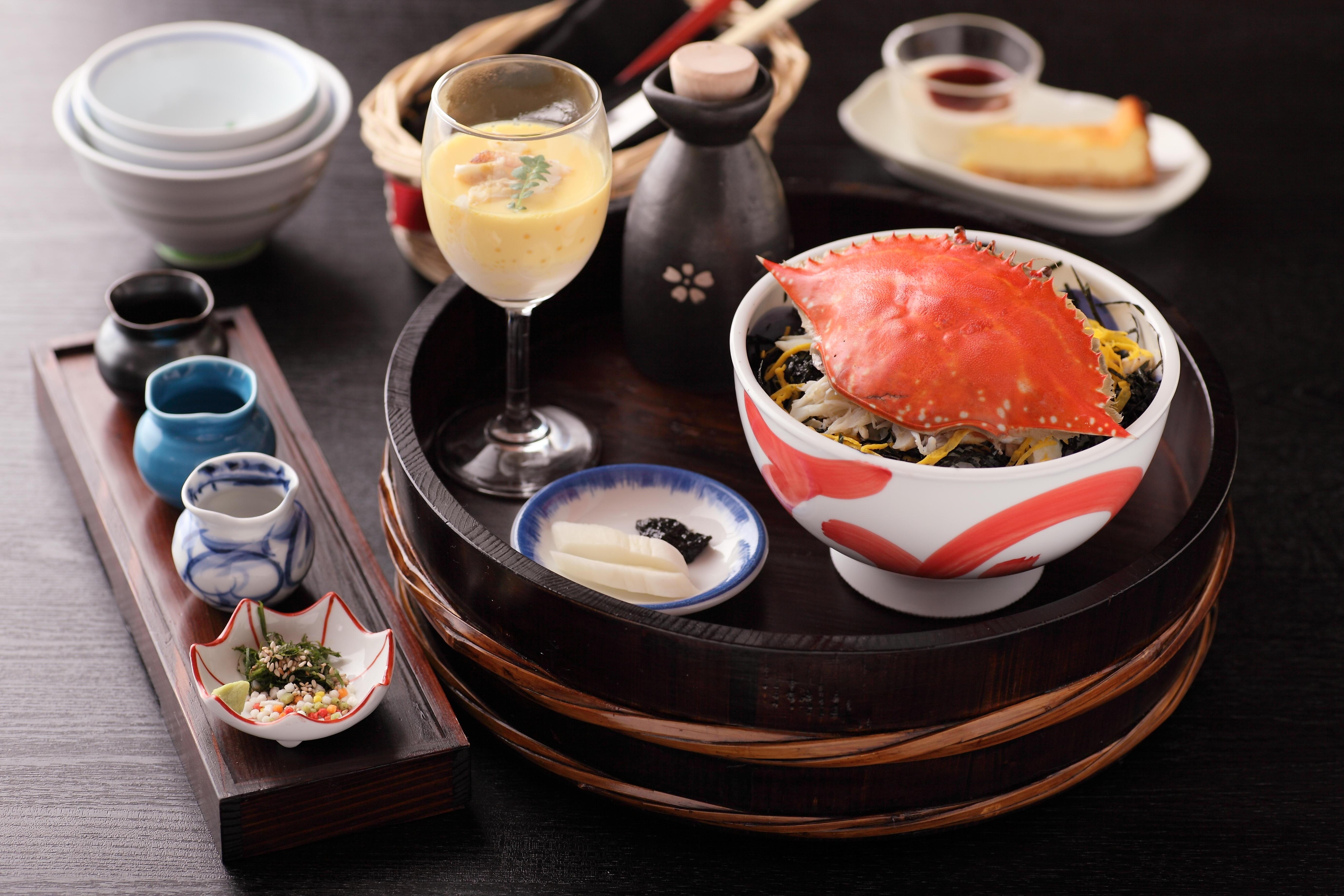 豊洋荘オリジナル料理「かにまぶし」